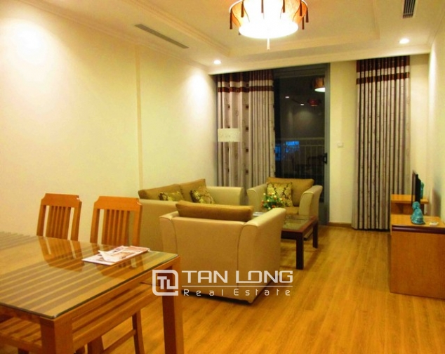 Well-appointed apartment for rent in Vinhomes Nguyen Chi Thanh 1