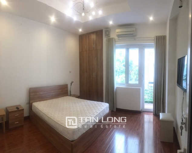 Well-proportioned house for lease in Nghi Tam Village, Tay Ho dist., Hanoi. 7