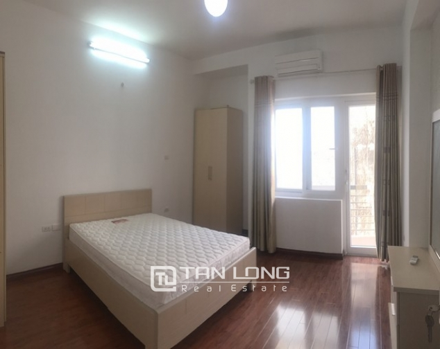 Well-proportioned house for lease in Nghi Tam Village, Tay Ho dist., Hanoi. 9