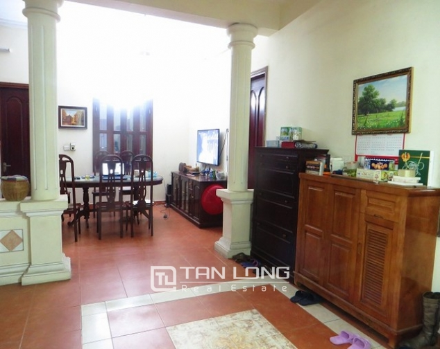 Well-proportioned house for lease on Kim Ma str., Ba Dinh dist., Hanoi 2