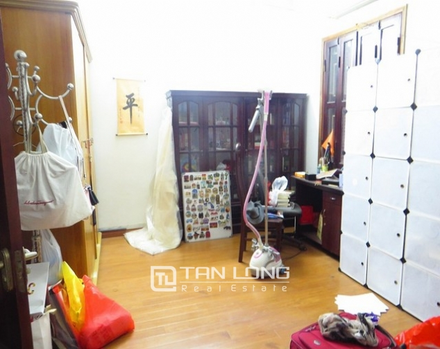 Well-proportioned house for lease on Kim Ma str., Ba Dinh dist., Hanoi 4