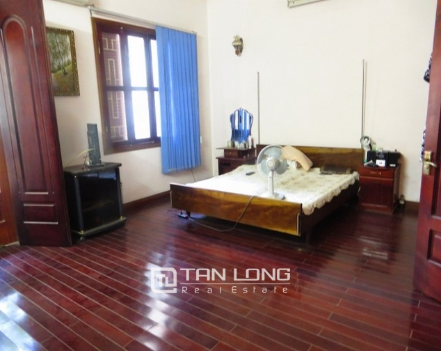 Well-proportioned house for lease on Kim Ma str., Ba Dinh dist., Hanoi 5