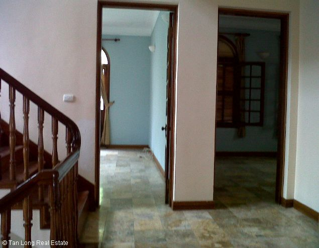 West lake House with 03 bedrooms for rent in To Ngoc Van 9