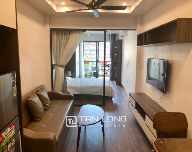 Western apartment for rent in Dang Thai Mai street, Tay Ho district! 2