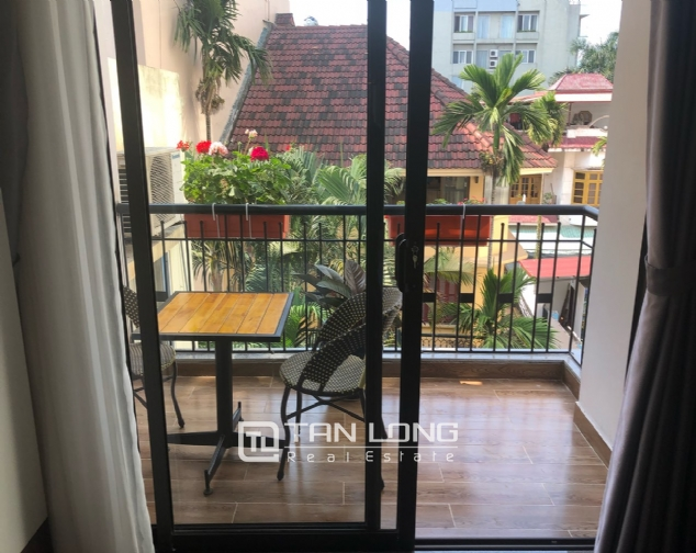 Western apartment for rent in Dang Thai Mai street, Tay Ho district! 4