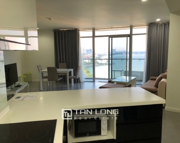 WESTERN apartment with view to whole lake for lease in Watermark, Tay Ho distr 2