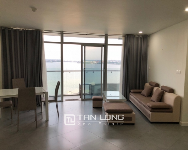 WESTERN apartment with view to whole lake for lease in Watermark, Tay Ho distr 3