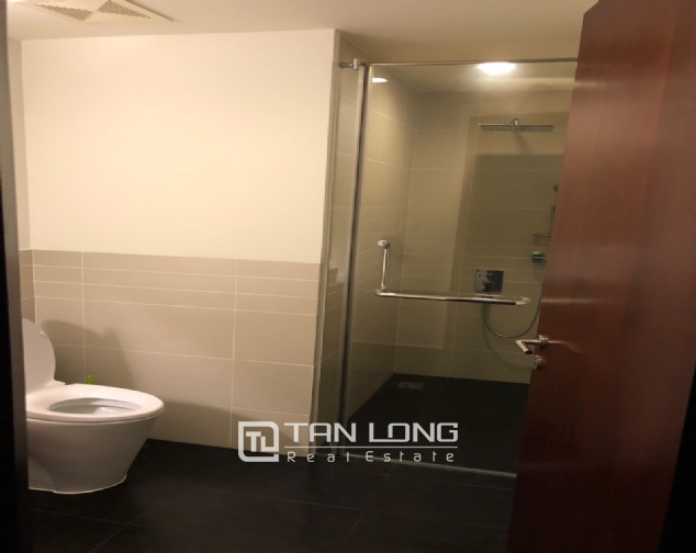WESTERN apartment with view to whole lake for lease in Watermark, Tay Ho distr 7