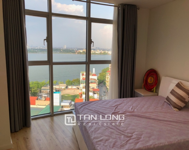 WESTERN apartment with view to whole lake for lease in Watermark, Tay Ho distr 8