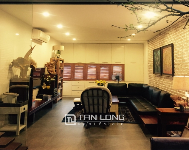 Western style house for rent in Nguyen Hoang Ton street, near Ciputra Hanoi! 1