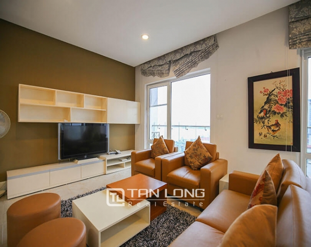 Whole lake view apartment for rent in Golden Westlake, 151 Thuy Khue street, Tay Ho distr 5